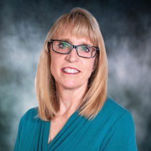 A head shot of Cindy Smith